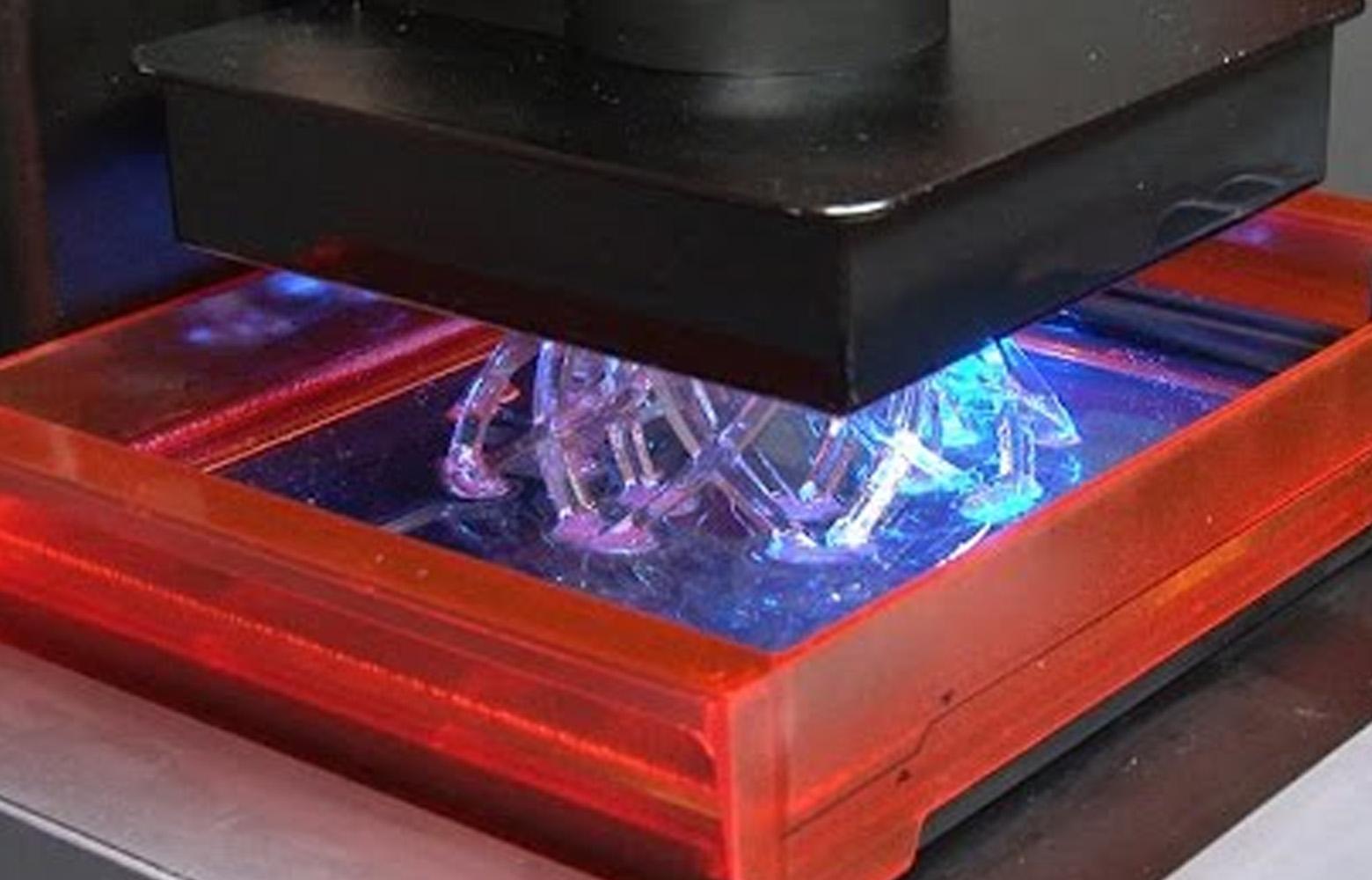 兰湾-3D打印工艺-立体光固化成型法SLA